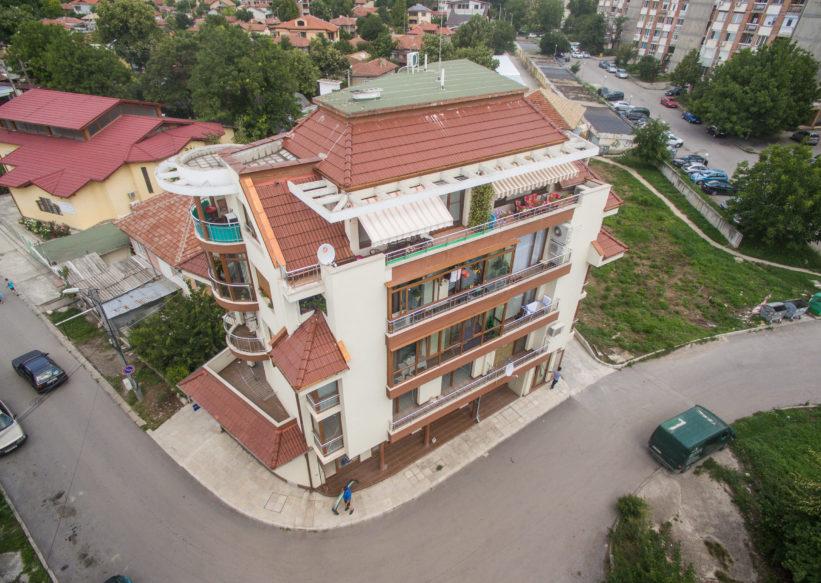 Завършена сграда на ул. Осъм, гр. Разград